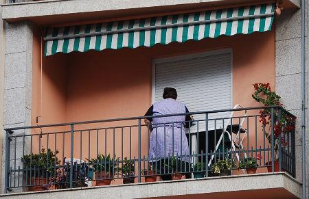 Señora balcón