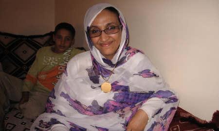 Aminattou Haidar quiere regresar al Sáhara Occidental, ocupado por Marruecos.