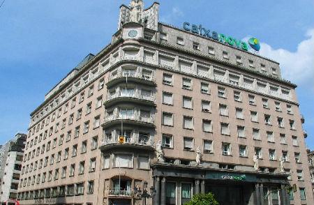 El alcalde de Vigo se opone frontalmente a la fusión, el PP.