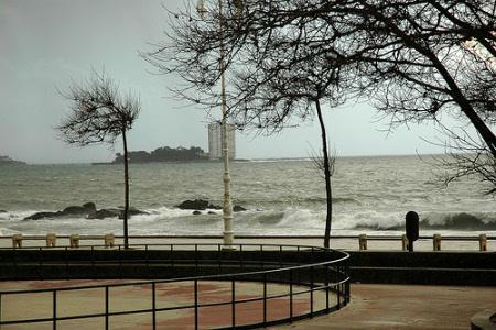 Las rachas de viento superaron los 100 km/h. (Foto: Willy Sifones)