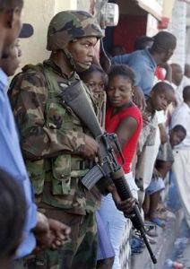 Soldado americano en Haiti