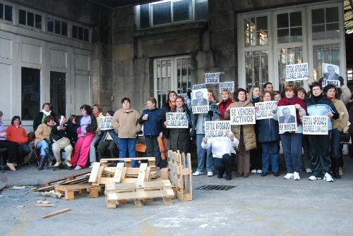 Los trabajadores de Alfageme durante uno de sus encierros en la fábrica