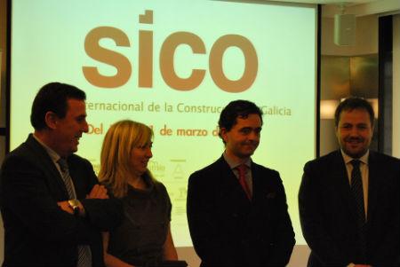 El presidente de APROIN, la delegada de la Xunta en Vigo, el presidente de Planner & Proceltha y el concelleiro de Urbanismo, hoy en la presentación del Salón