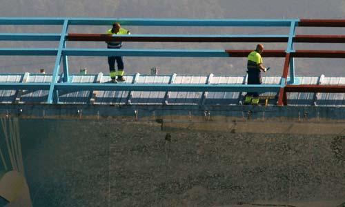La construcción es el único sector en el que no han aumentado los accidentes laborales.