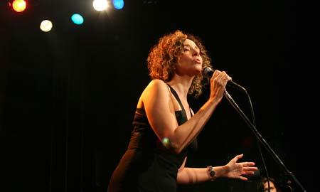 La cantante y compositora Olga Román.