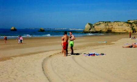 Portimao-praia-da-rocha/Tresyuno Comunicación