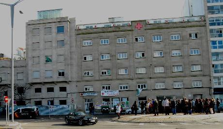 Hospital Cruz Vermella Vigo/Tresyuno Comunicación