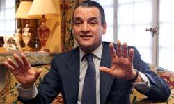 El tudense Mario Conde, cofrade de honor.
