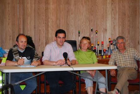 Membros da Asociación de Afectados da Plisan durante a rolda de prensa no Concello de Salvaterra/Tresyuno Comunicación