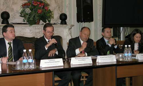 La reunión de los empresarios con la Cámara de San Petersburgo.