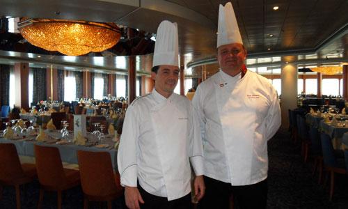 El chef jefe, Pancho Quiñones, y el Corporate Chef, Toni Gleeson.