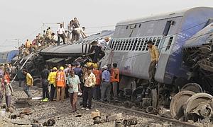 APTOPIX India Train Blast