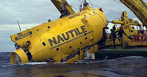 El Nautile participa en las labores de búsqueda de restos del aparato.