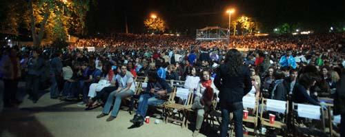 Más de 20.000 personas siguieron el concierto en directo.