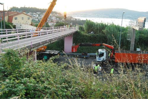 Puente autopista/Tresyuno Comunicación