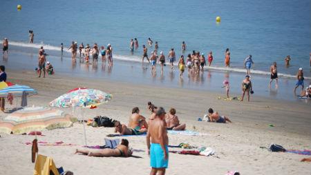 Playa de Samil/Tresyuno Comunicación