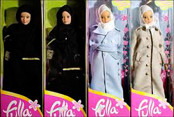 Los valores de Fulla chocan con los de la occidental Barbie.