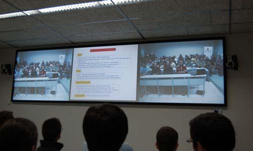 Unha videoconferencia con Boston, estrea oficial da televisión dixital do Campus do Mar.