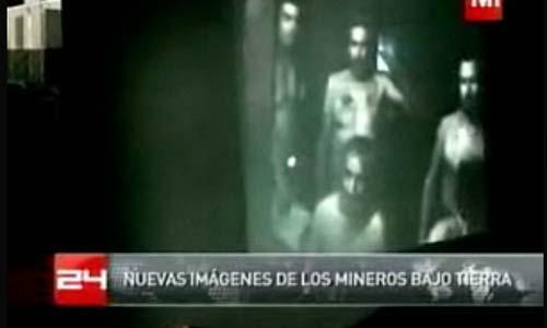 Una de las videoconferencias hechas con los 33 mineros.