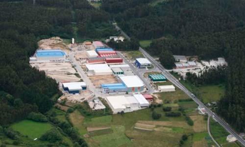 Uno de los polígonos industriales en la localidad lucense de Xove.
