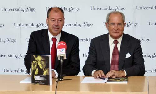 O rector, Salustiano Mato, xunto co valedor do cidadán, Luis Espada.