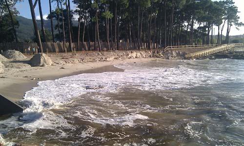Las tormentas causaron algunos desperfectos en las playas.