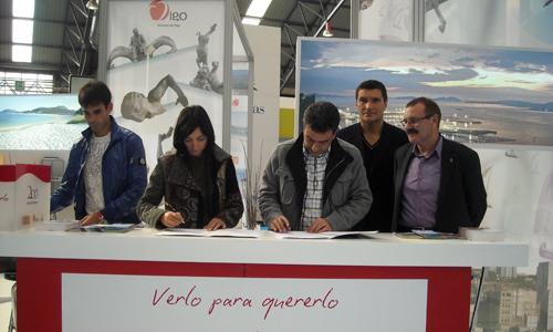 Firma del convenio entre Fundación Celta y Vigo Convention Bureau.