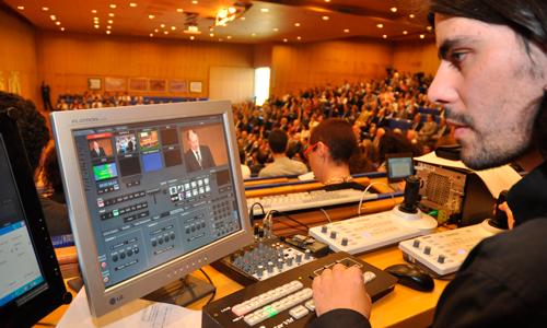 A televisión da Universidade de Vigo grava unhas 500 horas ao ano.