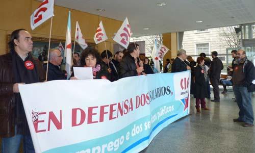 O peche da CIG na delegación de Facenda en Vigo.