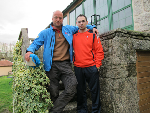 Wijnand Boon con Javier García en Casa da Urcela, en Ponteareas.