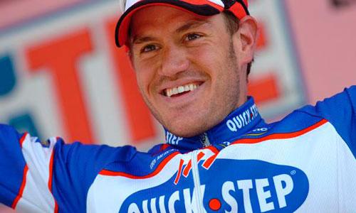 El ciclista belga Wouter Weylandt cayó durante el descenso de un puerto.