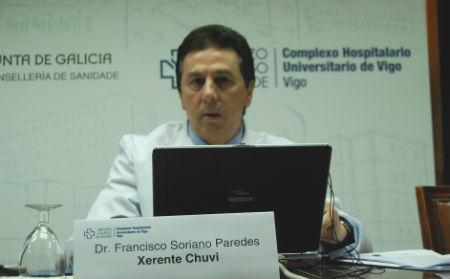 El doctor Soriano durante la rueda de prensa convocada este sábado
