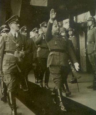 Adolf Hitler y Francisco Franco, en la estación de Hendaya en 1940