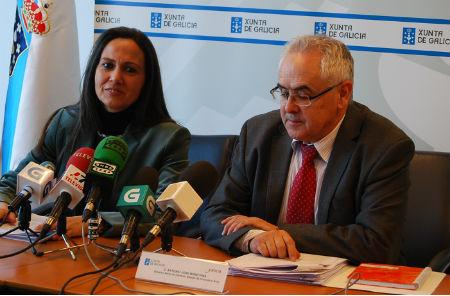 La delegada de la Xunta y el director xeral del IGVS, este miércoles en Vigo