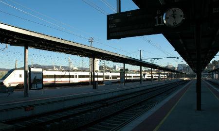 Tren directo entre Ponferrada e Vigo