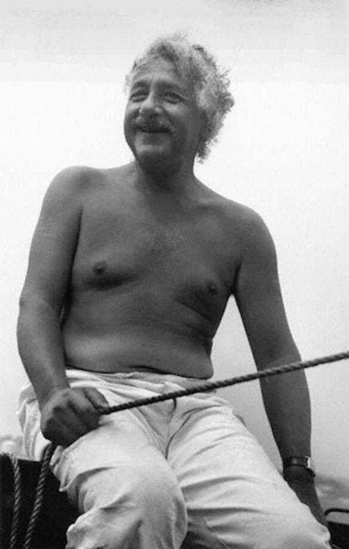 Albert E