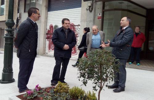 El alcalde y los concejales de Limpieza, Cultura y Fomento, este miércoles en Ronda de Don Bosco/Tresyuno Comunicación