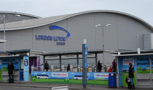 London Luton Airport, este lunes/Tresyuno Comunicación