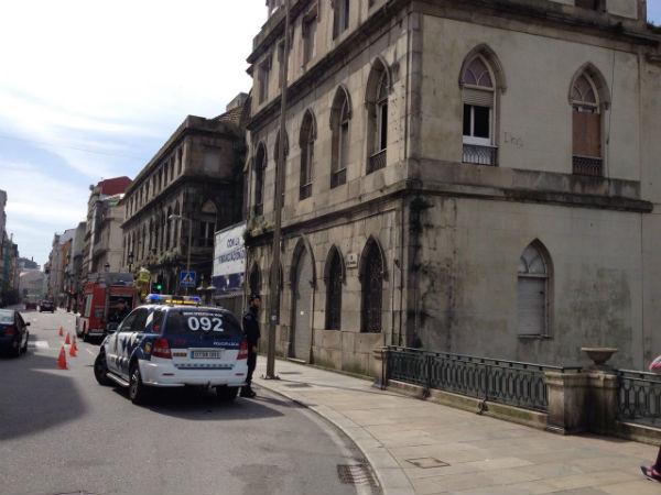 La Policía Local está regulando el tráfico en la zona