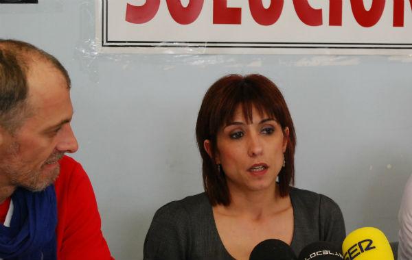 Eduardo Davila y Ruth Vallejo, portavoz del Comité de Personal, este lunes durante una rueda de prensa/Tresyuno Comunicación