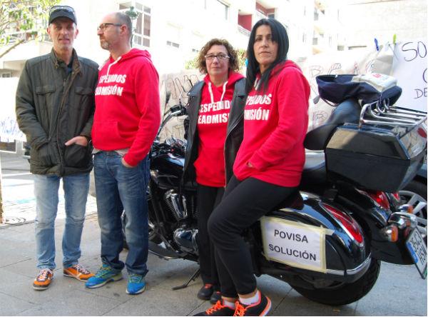 Eduardo, Alejandro, Chus y Carmen, en una de las motos que se acercaron este domingo a Povisa/Tresyuno Comunicación