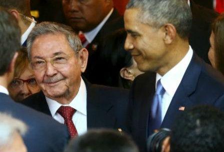 Obama y Castro en Panamá