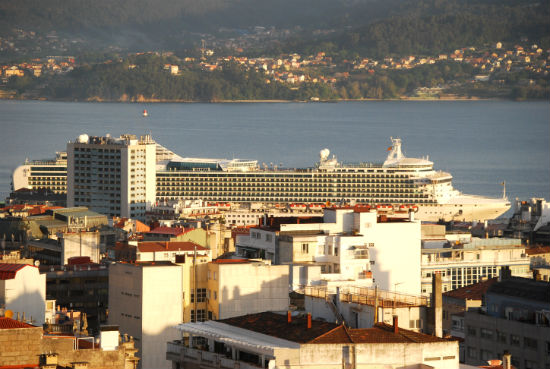 El 'Ventura', ha llegado antes de los previsto a Vigo/Tresyuno Comunicación