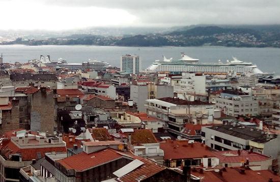 Explorer of the Seas' y 'Eurodam', este sábado, en Vigo/Tresyuno Comunicación