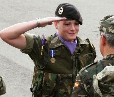 La comandante Zaida Cantera en Kosovo