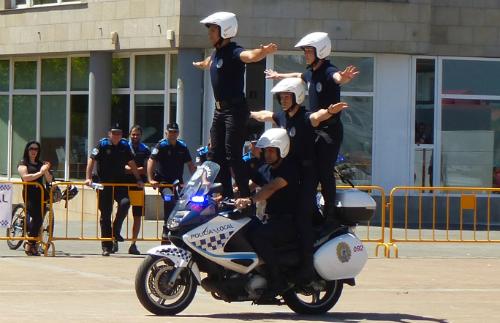 PoliciaLocalenMoto (2)