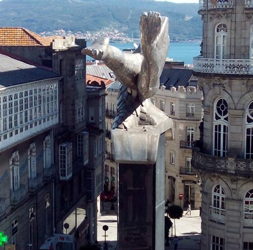 Vigo/Tresyuno Comunicación