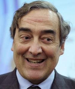 Juan Rosell, presidente de la Patronal, organismo que propone medidas para mejorar la economía española y que, al mismo tiempo, tiene pérdidas de 1,2 millones de euros gestionando la economía de la propia patronal