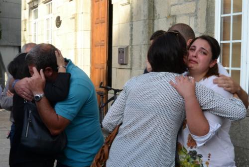 Hubo momentos de emoción durante la concentración de apoyo a las familias de Beatriz y Sergio/Tresyuno Comunicación