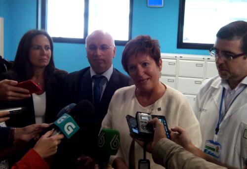 La conselleira de Sanidade, Rocío Mosquera, atendiendo a los periodistas este miércoles